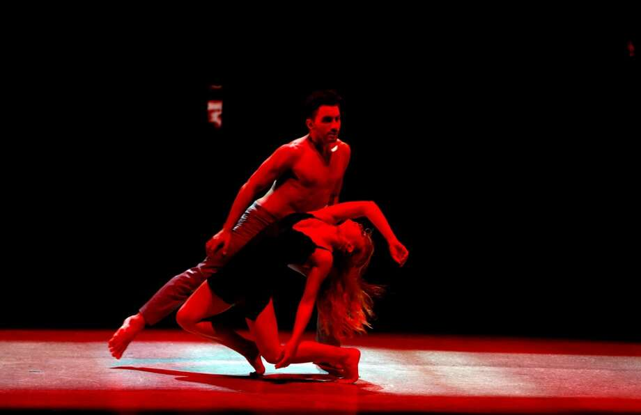 """SO YOU THINK YOU CAN DANCE: SEASON 11 FINALE: Top 4 contestant Jessica Richens (R) and all-star Robert Roldan perform a Contemporary routine to """"When I Go"""" choreographed by Travis Wall on SO YOU THINK YOU CAN DANCE airing Wednesday, September 3 (8:00-10:00 PM ET/PT) on FOX. ©2014 FOX Broadcasting Co. Cr: Adam Rose"""