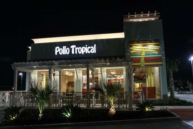 Exterior of Pollo Tropical