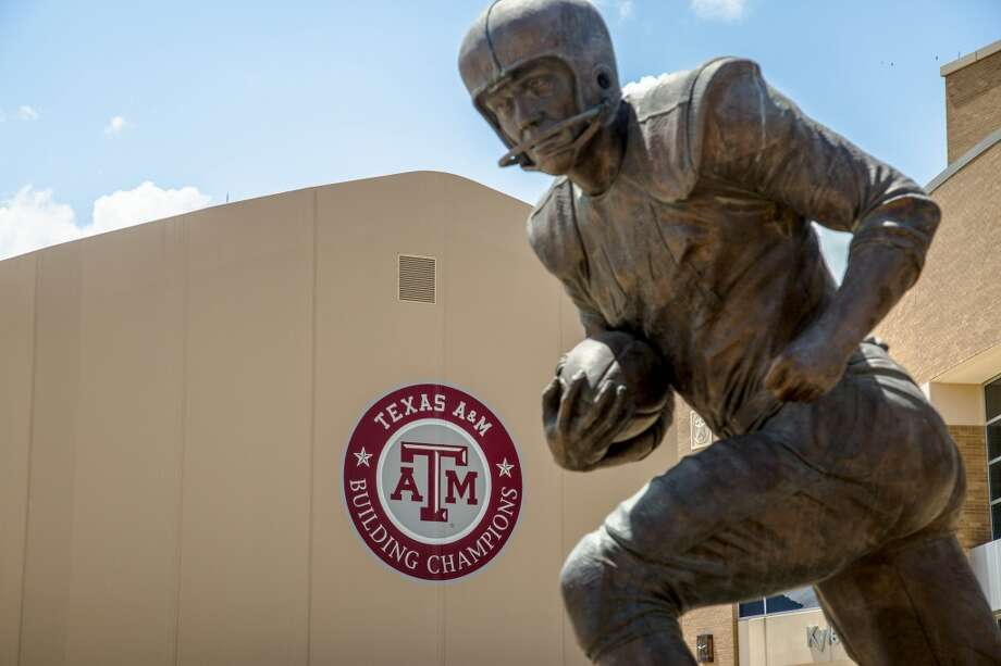 A statue of Crow in front of Texas A&M's Bright Football Complex. Photo: Billy Smith II, Chronicle