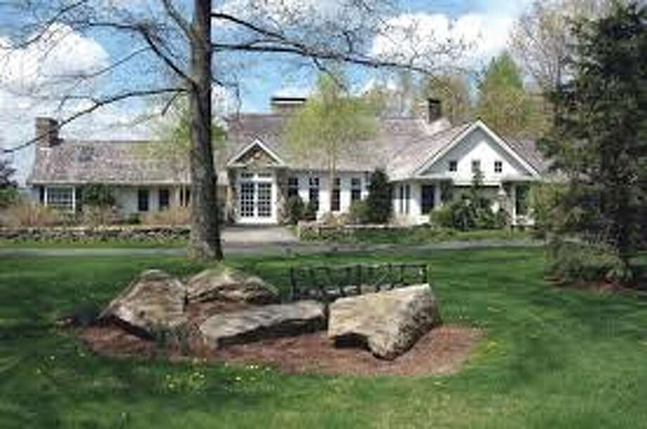 Joan Rivers, who died Thursday at the age of 81, sold her 10-room, 5,730-square-foot estate in New Milford for $4.4 million. Photo: Contributed Photo / News-Times Contributed