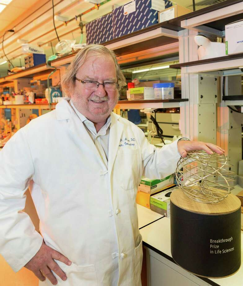 "Jim Allison, Ph.D., an M.D. Anderson researcher whose ground breaking research enabled doctors to enlist the immune system to fight cancer. For Sunday story on the new approach. With important ""Breakthrough Prize in Life Sciences"" in his lab at the McCombs Institute for the Early Detection and Treatment of Cancer, 7555 Fannin Street.