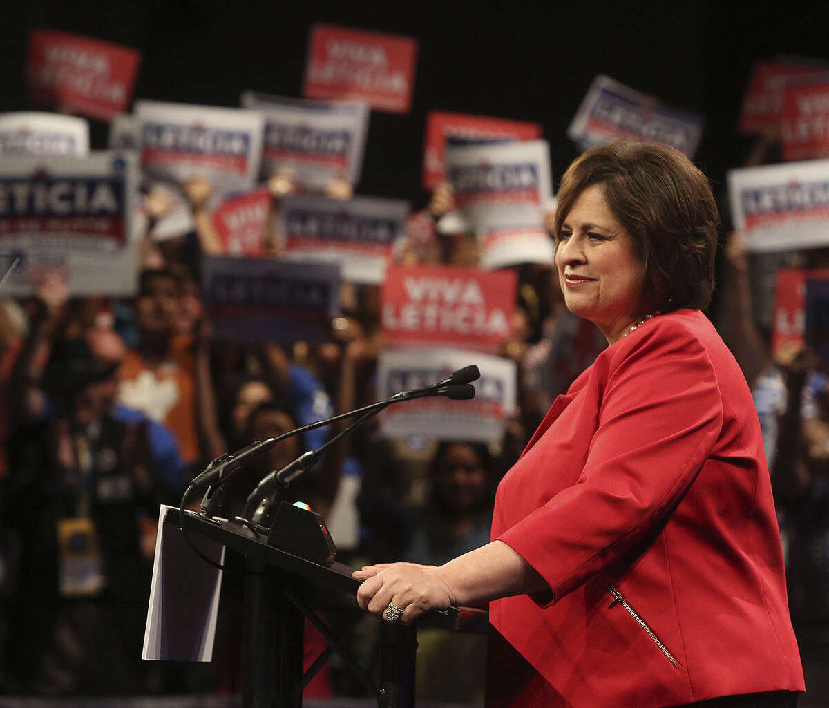 The Demo- cratic can- didate for lieutenant governor, state Sen. Leticia Van de Putte, is launching her first two TV ads of the election this weekend.