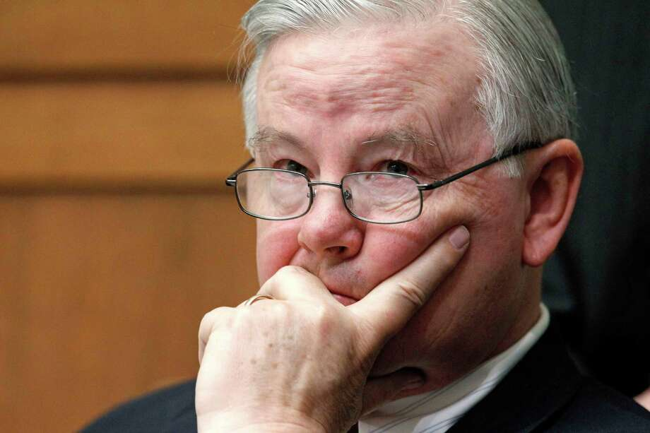 U.S. Rep. Joe Barton, the longest-serving member of the Texas delegation, apologized Wednesday for a graphic nude photo of him that has spread on social media in the past week.>>See other celebrities whose nudes have been leaked... Photo: Haraz N. Ghanbari, STF / AP