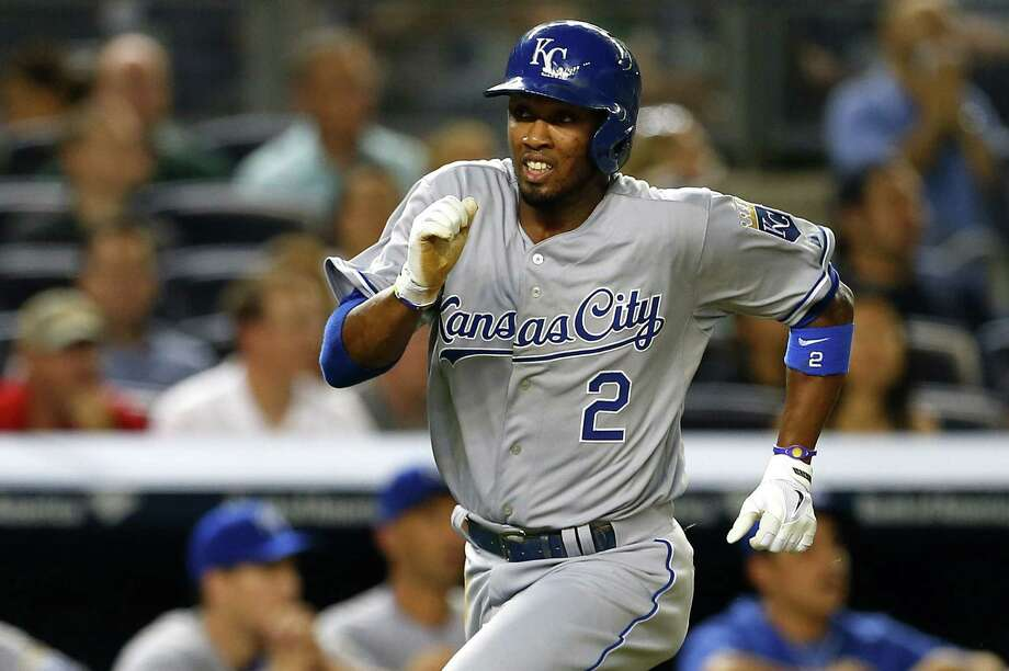 Kansas City's Alcides Escobar runs home on a single by Nori Aoki in the third inning in New York. Photo: Rich Schultz, Getty Images / 2014 Getty Images