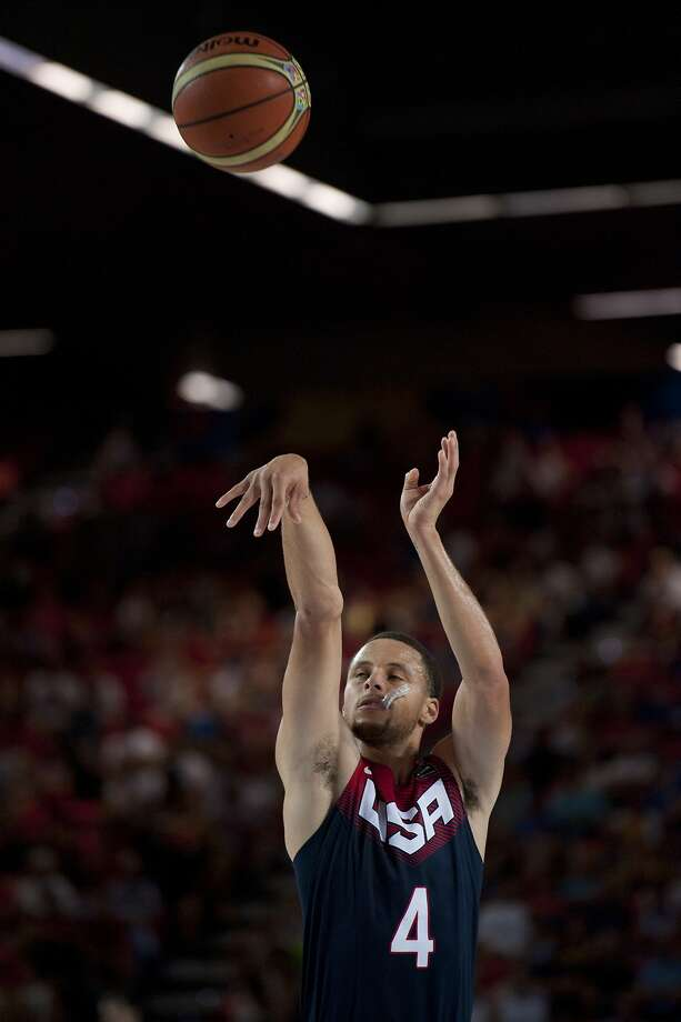 Stephen Curry of the US shoots to the basket during the Group C Basketball World Cup match against Ukraine, in Bilbao, northern Spain, Thursday, Sept. 4, 2014. The 2014 Basketball World Cup competition take place in various cities in Spain from Aug. 30 through to Sept. 14. (AP Photo/Alvaro Barrientos) Photo: Alvaro Barrientos, Associated Press