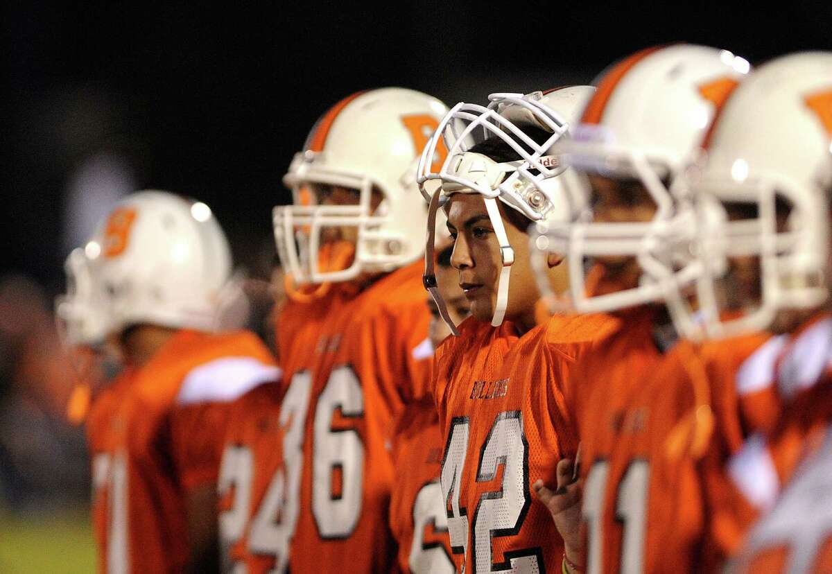 Burbank High School BulldogsLast year: 1-9This year: 5-5The long and short: The Bulldogs, whose only win last year came against winless Memorial, lost their first two games this year before shocking District 28-5A favorite Highlands in their league opener. That propelled Burbank to a 3-0 start in district play, and the team held on to secure its first playoff berth since 2013 by closing the regular season with wins against Brackenridge and Lanier. First-year quarterback Julian Basaldua has led the offense as a dual threat, while senior Dylan Gusme has been a ball hawk on defense and versatile playmaker on offense.