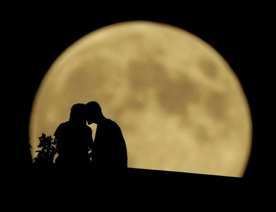 Harvest Moon Eclipse 2016: What You Need to Know