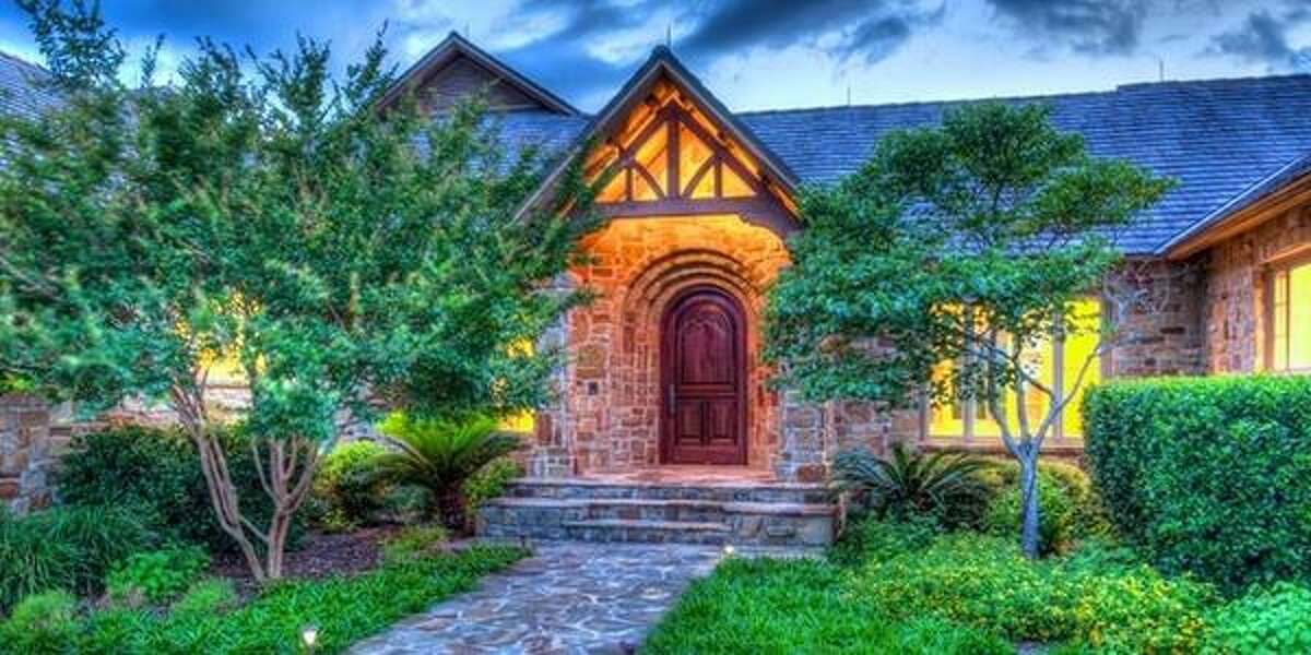 410 Paradise Point Drive , Boerne, TX Asking price: $2.4MMLS id: 994321