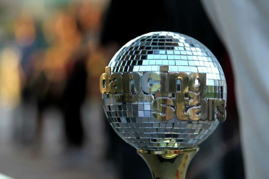 "Good Morning America's ""Shake It and Dance Mirror Ball Tour"" judged by J.R. Martinez and Cameron Mathison at Discovery Green Wednesday, Sept. 10, 2014, in Houston, Texas. The winner of the dance off won two tickets to the ""Dancing With The Stars"" season premiere in Los Angeles, California. Photo: Gary Coronado, Houston Chronicle / © 2014 Houston Chronicle"