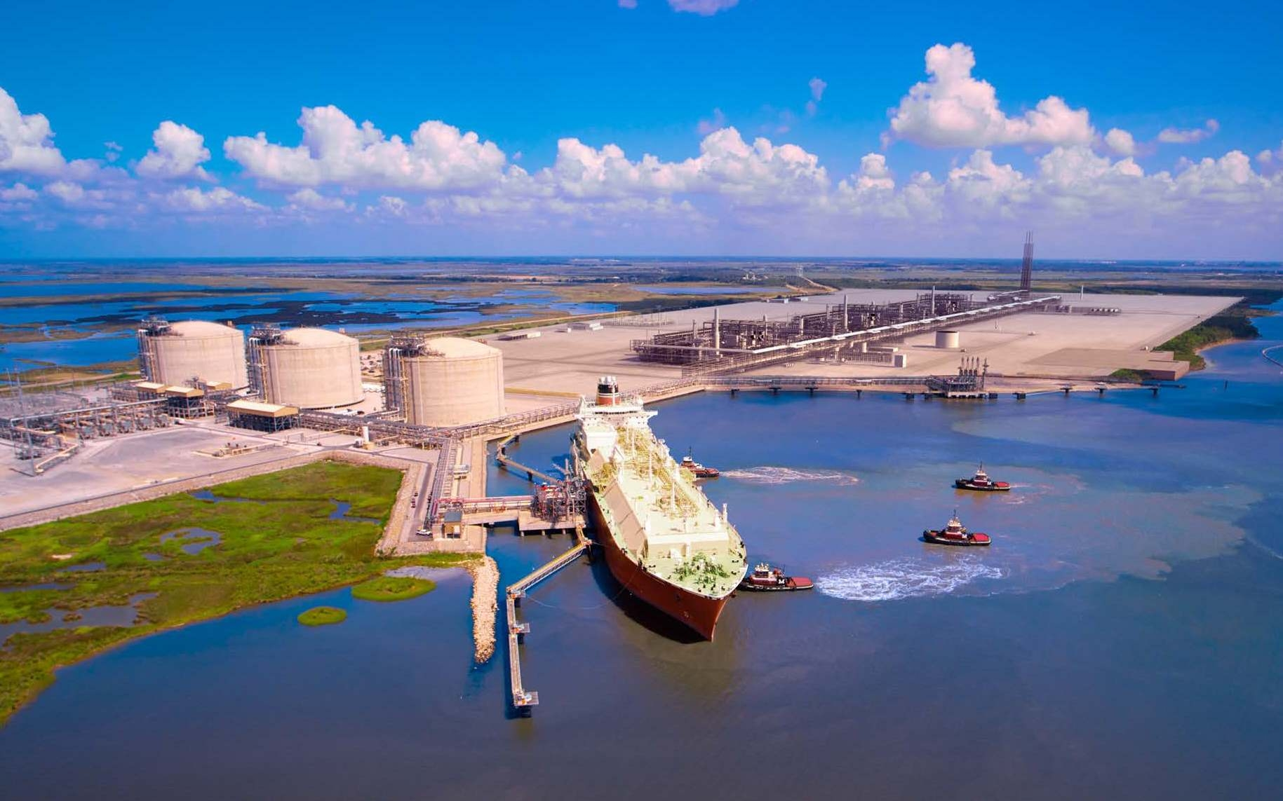 lng projects United states - west, east & gulf coasts liquefied natural gas (lng) while the united states is predominately an lng importer, one existing lng export, or liquefaction, terminal is located in kenai, alaska.