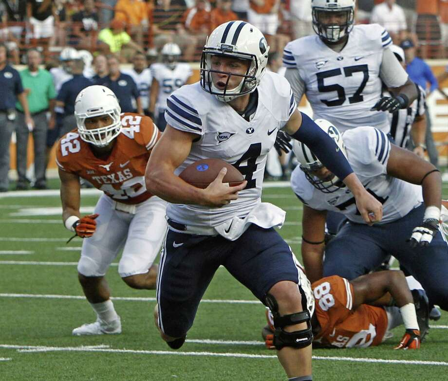 BYU QB Taysom Hill was named the FBS Independents' player of the week after the first two weeks of the season. Photo: Michael Thomas / Associated Press / FR65778 AP