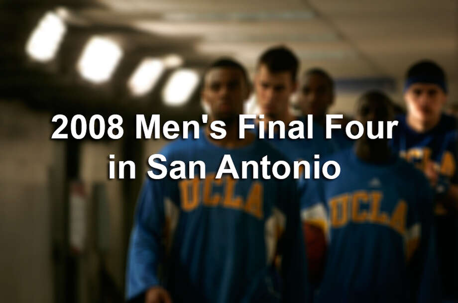 Relive the last Men's Final Four to be held in the Alamo City, when Kansas beat Memphis 75–68 in overtime at the Alamodome. UCLA and North Carolina lost in the semifinals. Photo: San Antonio Express-News / © San Antonio Express-News