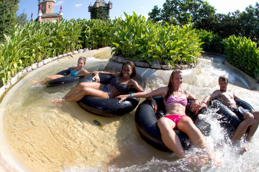 35 things you probably didn't know about Schlitterbahn Schlitterbahn, Texas' favorite water park resort, opened in New Braunfels in 1979. See how the waterpark has changed in the 35 years since with these fun facts about the park and its history.