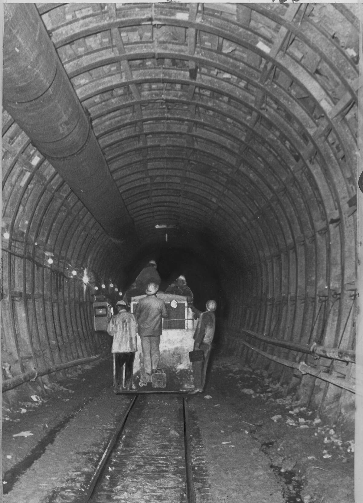 Construction work on BART's Trans-Bay tunnel Photo dated 03/07/1966 p. 8