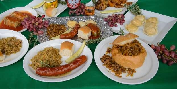 Festive Food | Maryland Renaissance Festival Opening Day ... |Renaissance Festival Food Ideas
