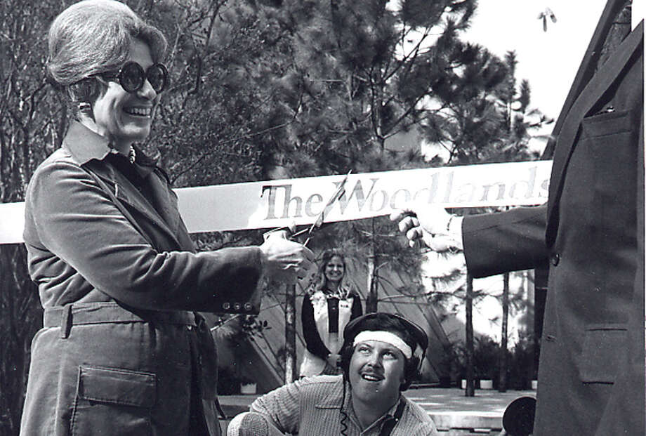 Cynthia Woods Mitchell cuts the ribbon marking opening day in The Woodlands on October 19, 1974. See other photos of The Woodlands beginning. Photo: The Woodlands Development Company