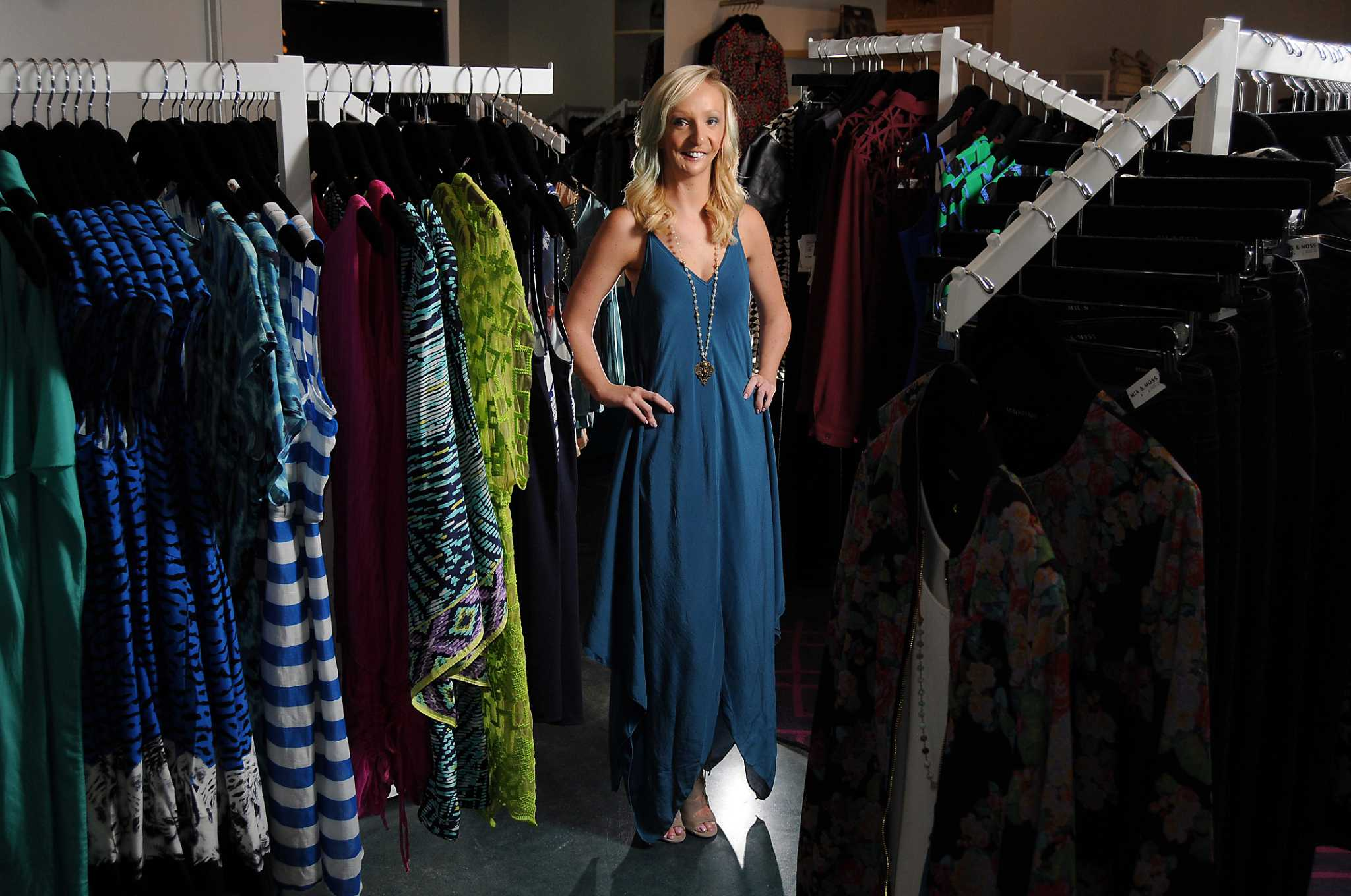newest womens boutique carrying - HD2048×1360