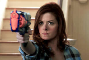 "Debra Messing covers crime- solving and motherhood in ""The Mysteries of Laura."""
