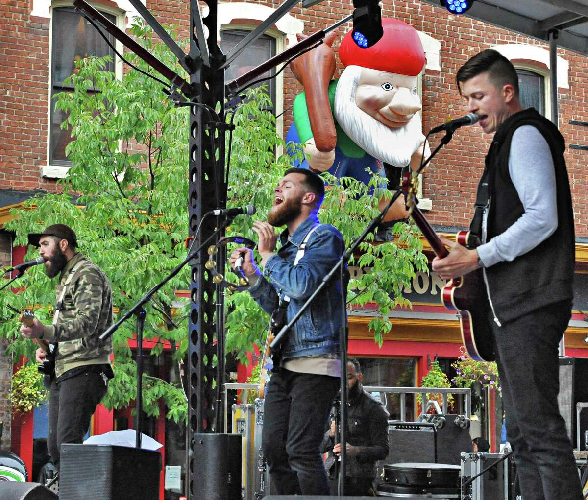 The Northern Faces perform at the 5th annual Pearlpalooza Saturday Sept. 13, 2014, in Albany, NY. (John Carl D'Annibale / Times Union)