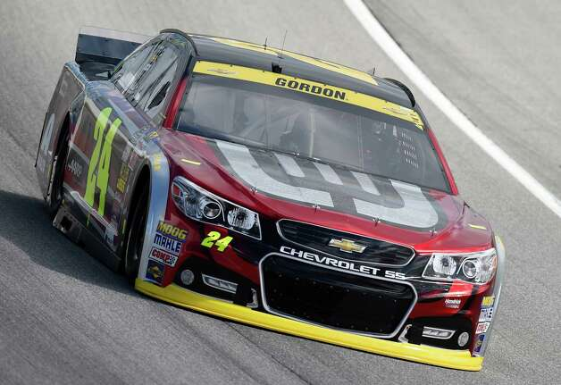 NASCAR driver Jeff Gordon (24) drives during a practice for the NASCAR Sprint Cup Series auto race at Chicagoland Speedway in Joliet, Ill., Saturday, Sept. 13, 2014. (AP Photo/Paul J. Bergstrom)  ORG XMIT: ILNH115 Photo: Paul J. Bergstrom / FR 171230AP