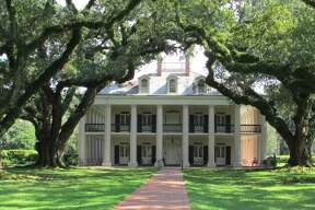 It's easy to see how Oak Alley Plantation got its name when you look at the approach to the majestic home surrounded by oak trees.