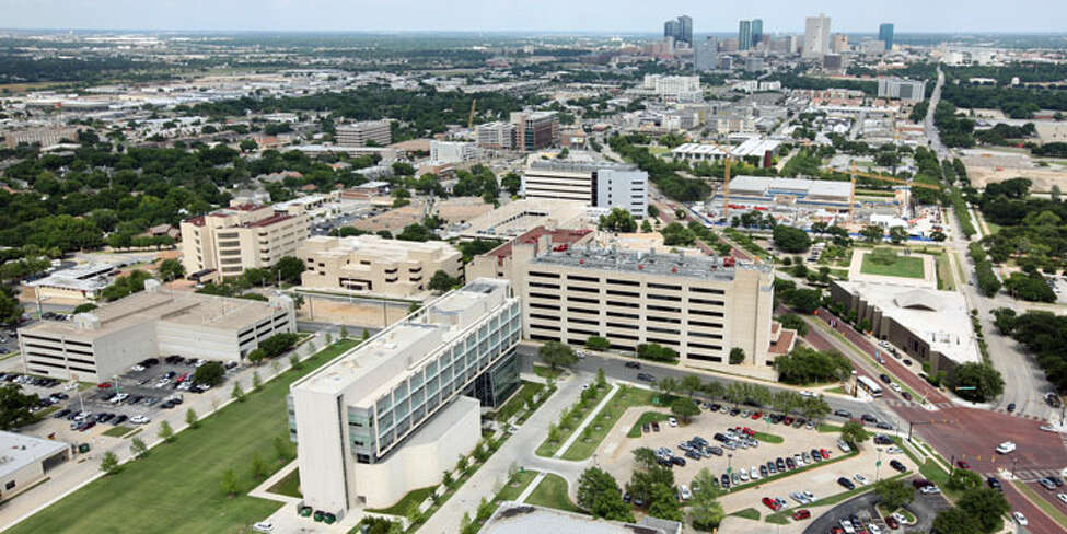 23. University of North Texas Health Science Center Dollar(s) earned during first year of employment per student loan dollars borrowed: $0.64 Average first year earnings: $57,352 Average loan amount: $90,310 Source: Texas Consumer Resource for Education and Workforce Statistics