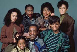 THE COSBY SHOW -- Pictured: (back row, l-r) Lisa Bonet as Denise Huxtable, Malcolm-Jamal Warner as Theodore 'Theo' Huxtable, Phylicia Rashad as Clair Hanks Huxtable, Sabrina Le Beauf as Sondra Huxtable Tibideaux, (front row, l-r) Keshia Knight Pulliam as Rudy Huxtable, Bill Cosby as Dr. Heathcliff 'Cliff' Huxtable, Tempestt Bledsoe as Vanessa Huxtable