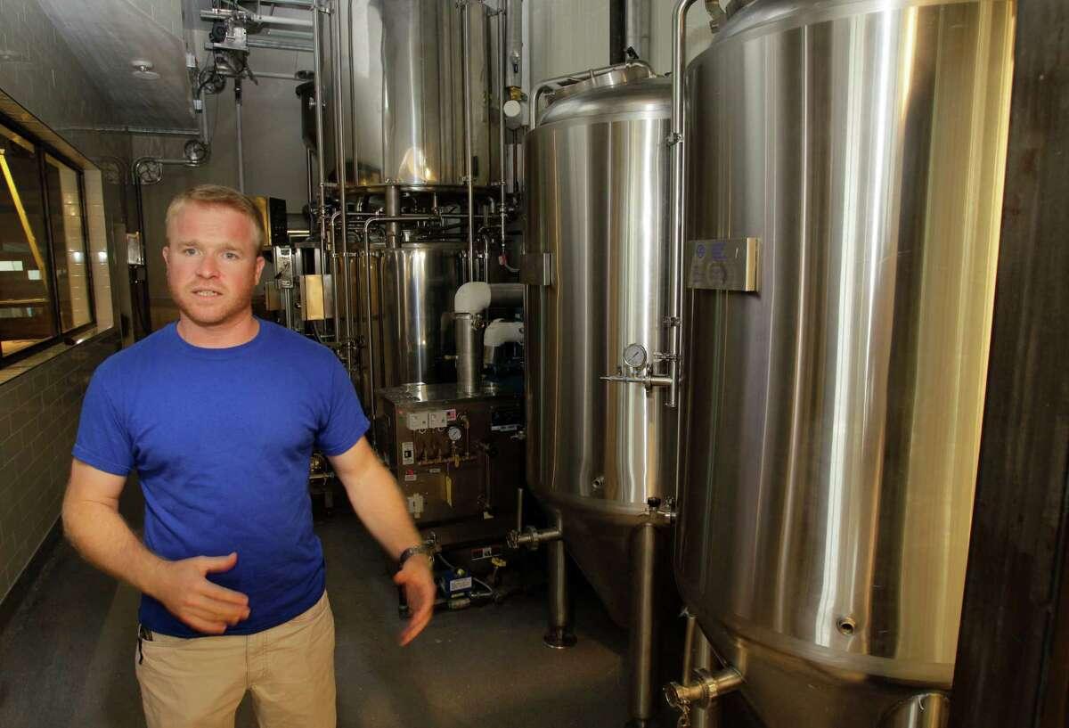 Dave Ohmer, brewmaster, talks at Whole Foods Market, 1700 Post Oak, Thursday, Sept. 11, 2014, in Houston. ( Melissa Phillip / Houston Chronicle )
