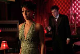 "Oswald Cobblepot (Robin Lord Taylor, right) tries to double-cross Fish Mooney (Jada Pinkett Smith) in ""Gotham."""