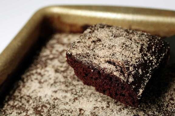 Marlboro One Pan Cake is featured in Kitchen to Kitchen Column on Thursday, Sept. 4, 2014, in Houston. ( Mayra Beltran / Houston Chronicle )
