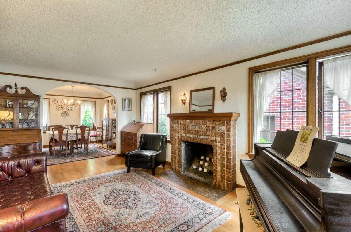 Living room of 1018 N.E. 80th St.
