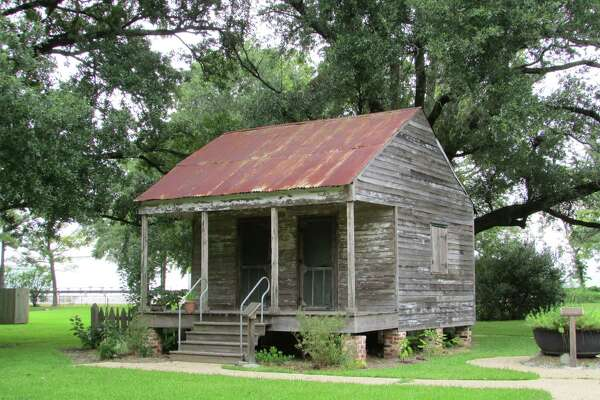 Old South's legacy looms large in New Orleans Plantation ... on southern plantations rooms, southern plantations to visit, civil war southern homes, traits of southern homes, southern rice plantations, new orleans homes, old southern homes, southern plantations in the 1800s, southern colonies plantations, southern plantations in north carolina, southern plantations in tennessee, southern farm, southern plantations in the 1600 s, southern plantations in alabama, texas homes, fixer upper homes,