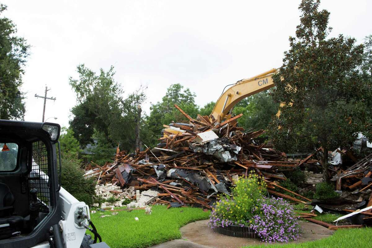 A pile of rubble is all that remains of the Josephine Apartments near Rice University. The demolition took place on Tuesday, Sept. 16, 2014, in Houston. The 1930s Art Deco complex was sold to Tricon Builders. ( Marie D. De Jesus / Houston Chronicle )