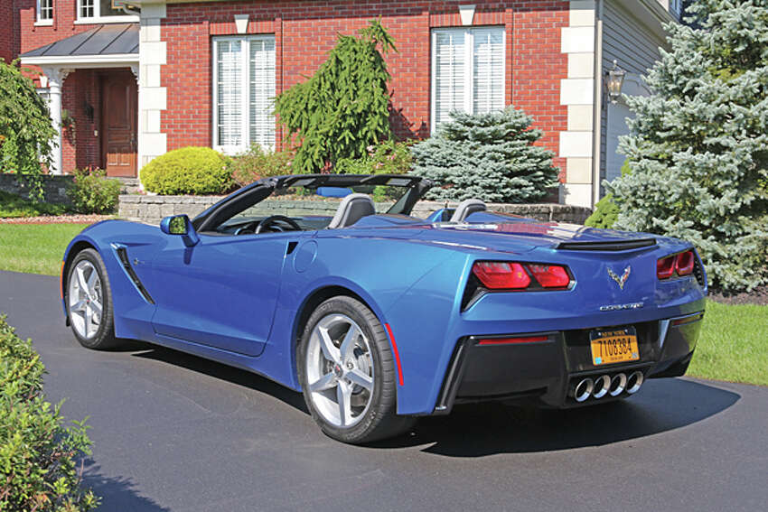 2014 Chevrolet Corvette Stingray Convertible (photo © Dan Lyons - All rights reserved)