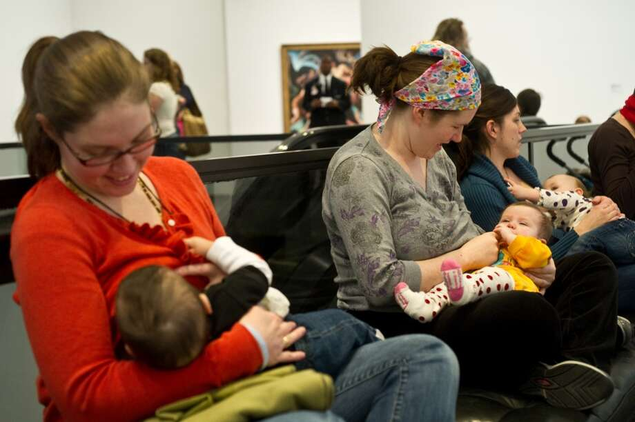 Regardless of whether you have breastfed or plan to breastfeed, do you think breastfeeding is the best way to feed your baby? Yes - 93 percent No - 7 percent Photo: NICHOLAS KAMM, AFP/Getty Images