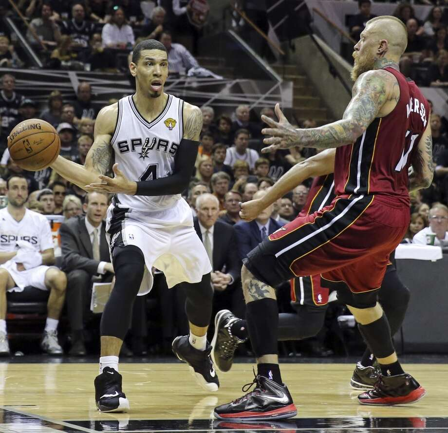 San Antonio Spurs' Danny Green looks to pass around Miami Heat's Chris Andersen during first half action in Game 1 of the NBA Finals Thursday June 5, 2014 at the AT&T Center. Photo: Edward A. Ornelas, San Antonio Express-News