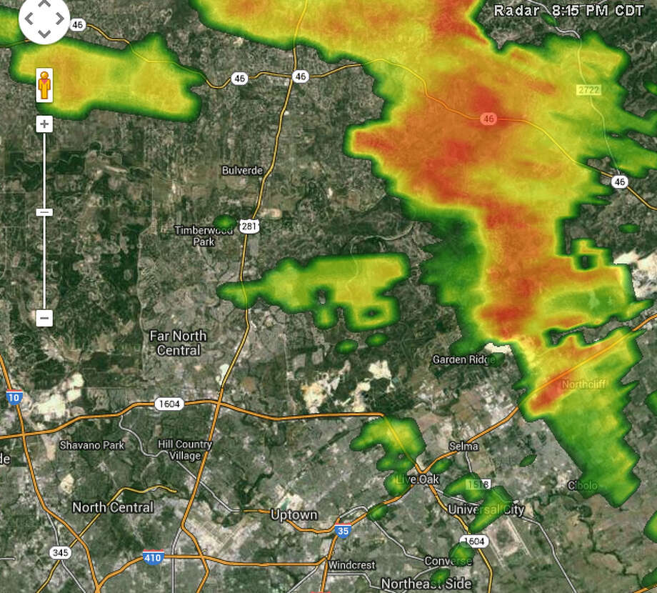 Radar shows a strong line of thunderstorms northeast of San Antonio at 8:15 p.m. on Thursday, Sept. 18, 2014. Photo: Weather Underground