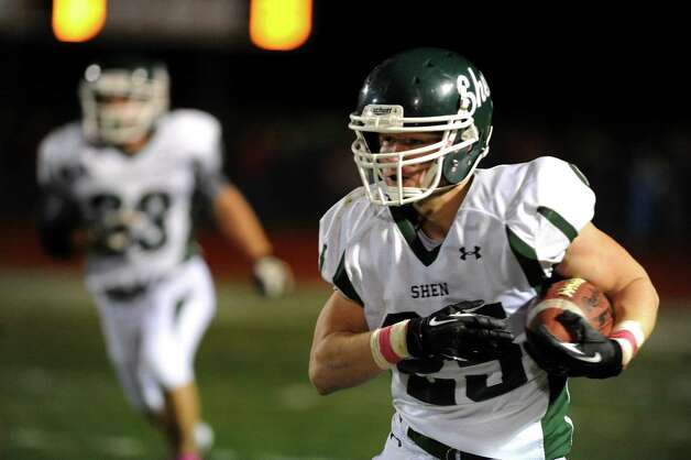 Shenendehowa's Matt Taft gains yards during their football game against Guilderland on Friday, Oct. 4, 2013, at Guilderland High in Guilderland, N.Y. (Cindy Schultz / Times Union) Photo: Cindy Schultz / 00024123A