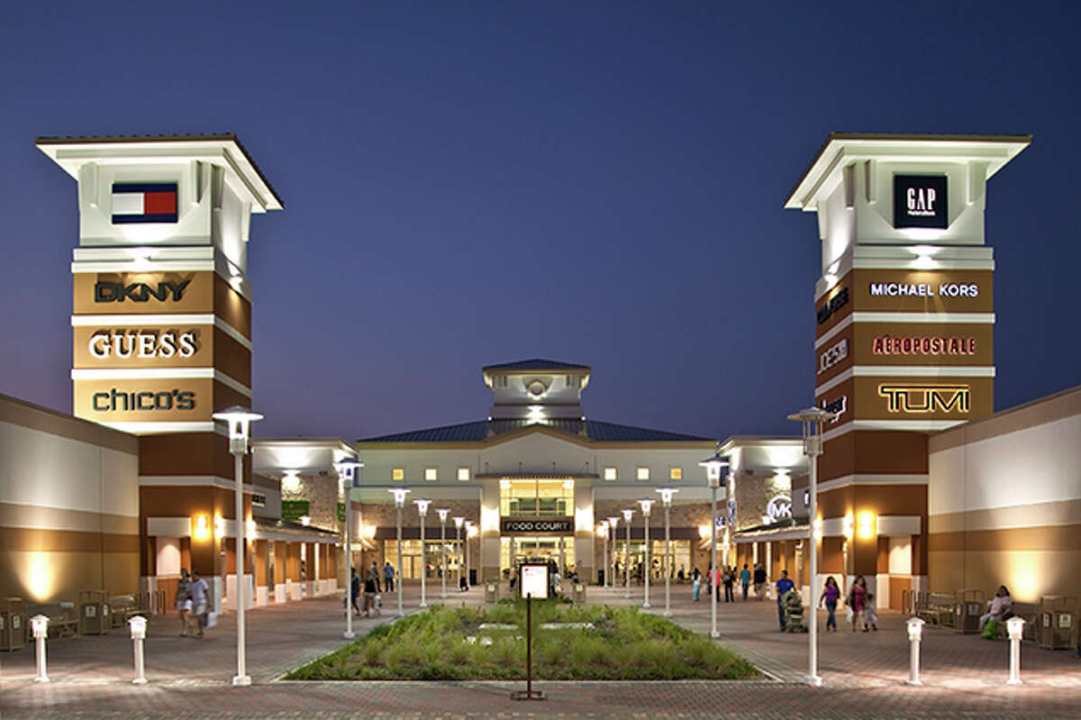 #8 Grand Prairie - Total score: 59.91- Recreation Rank: 57- Rest & Relaxation Rank: 11   A Paragon outlet mall in Grand Prairie, Tx