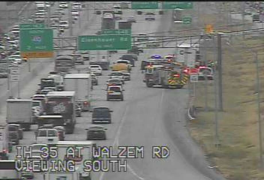 A fuel spill on the southbound lanes of Interstate 35 near Eisenhauer Road has traffic backing up past Walzem Road. Photo: TxDOT