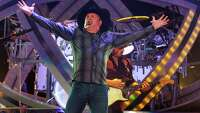 Garth Brooks sets release date for new album - Photo