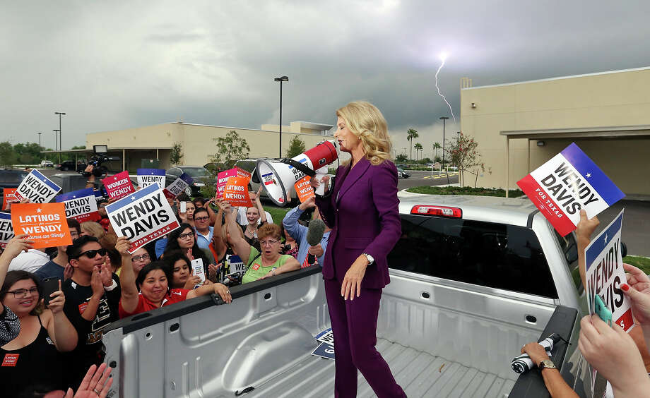 Texas State Sen. Wendy Davis speaks to supporters after the gubernatorial debate with Texas Attorney General Greg Abbott (not pictured) outside the Edinburg Conference Center at Renaissance Friday Sept. 19, 2014 in Edinburg, Tx. Photo: Edward A. Ornelas, San Antonio Express-News / © 2014 San Antonio Express-News