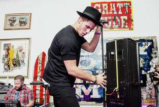 Nick Jonas performs during a Pop Up Performance at Peter Tunney Gallery on September 10, 2014 in New York City. (Photo by Kris Connor/Getty Images)