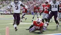 A&M overpowers SMU - Photo