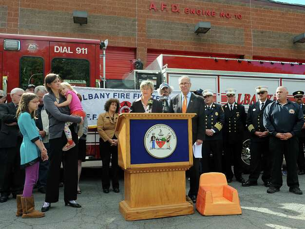 Dr. Susan Shaw, a professor in the Department of Environmental Health Sciences, School of Public Health, State University of New York at Albany, speaks after U.S. Senator Charles Schumer announces his push for new legislation that will ban the top ten noxious flame retardants from upholstered furniture and childrenOs products during a press conference at Firehouse of Engine 10/Ladder 3 on Monday, Sept. 22, 2014 in Albany, N.Y. (Lori Van Buren / Times Union) Photo: Lori Van Buren / 00028716A