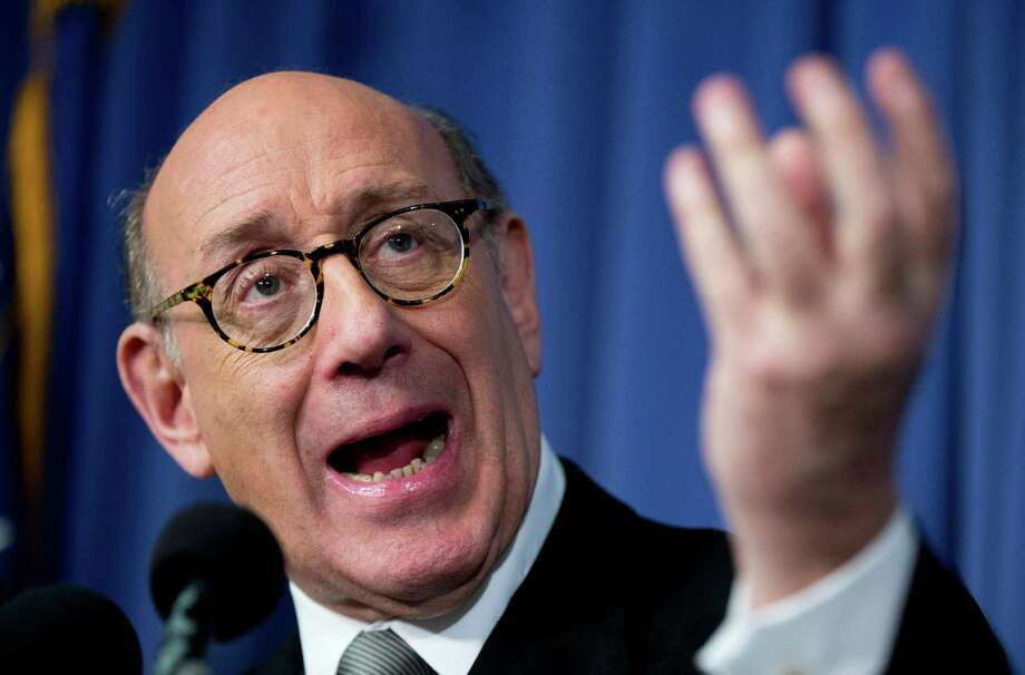 FILE - In this Monday, June 30, 2014, file photo, Kenneth Feinberg, the independent claims administrator for the General Motors Ignition Compensation Program, announces the details of the program during a news conference at the National Press Club in Washington. Feinberg, who was hired by the company to compensate victims, said Monday, Sept. 22, 2014, in an Internet posting that he received 143 death claims as of Friday, Sept. 19, and 21 of those have been deemed eligible for payments. (AP Photo/Manuel Balce Ceneta, File) Photo: Manuel Balce Ceneta, STF / AP
