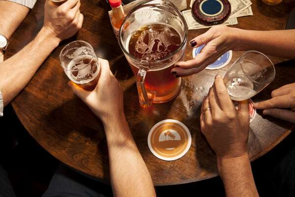 Keep the drink count low   While most people have a drink limit when they are hanging out with friends, the drink limit you place on yourself should be even lower when socializing with coworkers. Also, keep in mind that drinks with colleagues doesn't have to mean alcoholic beverages -- a soda or juice will do just fine.