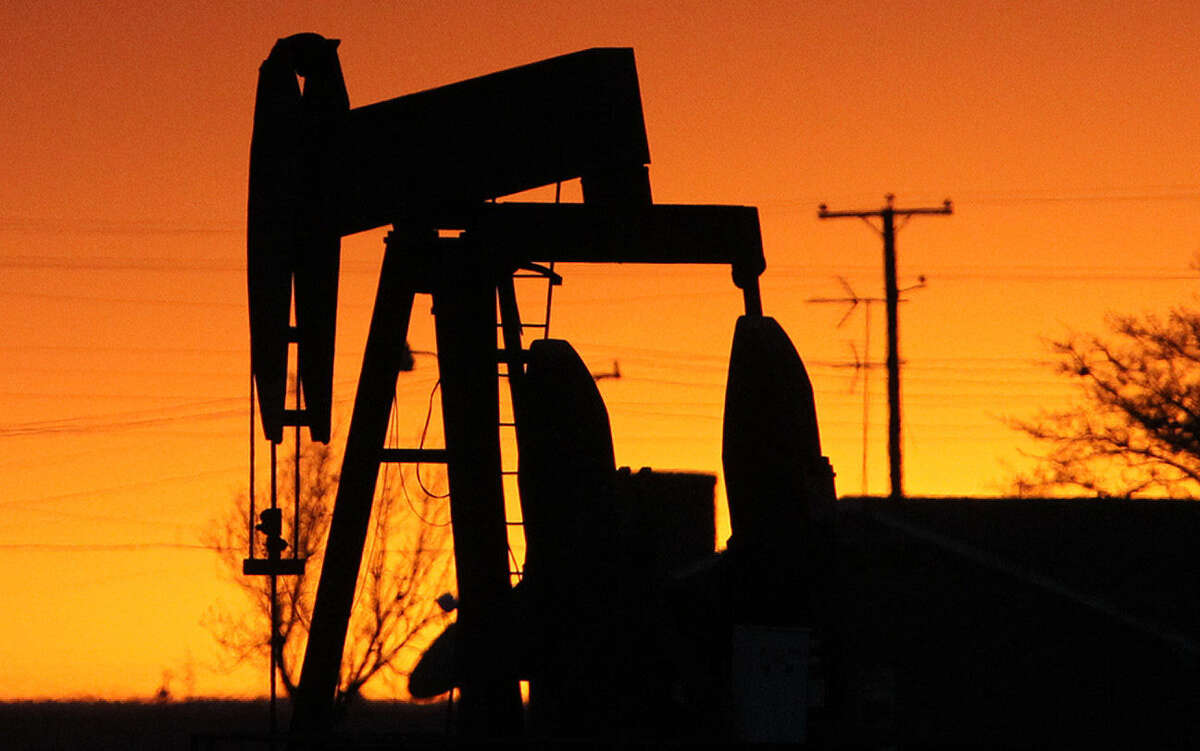 Some crude refiners insist that gasoline prices would climb if the United States starts widely shipping oil overseas.
