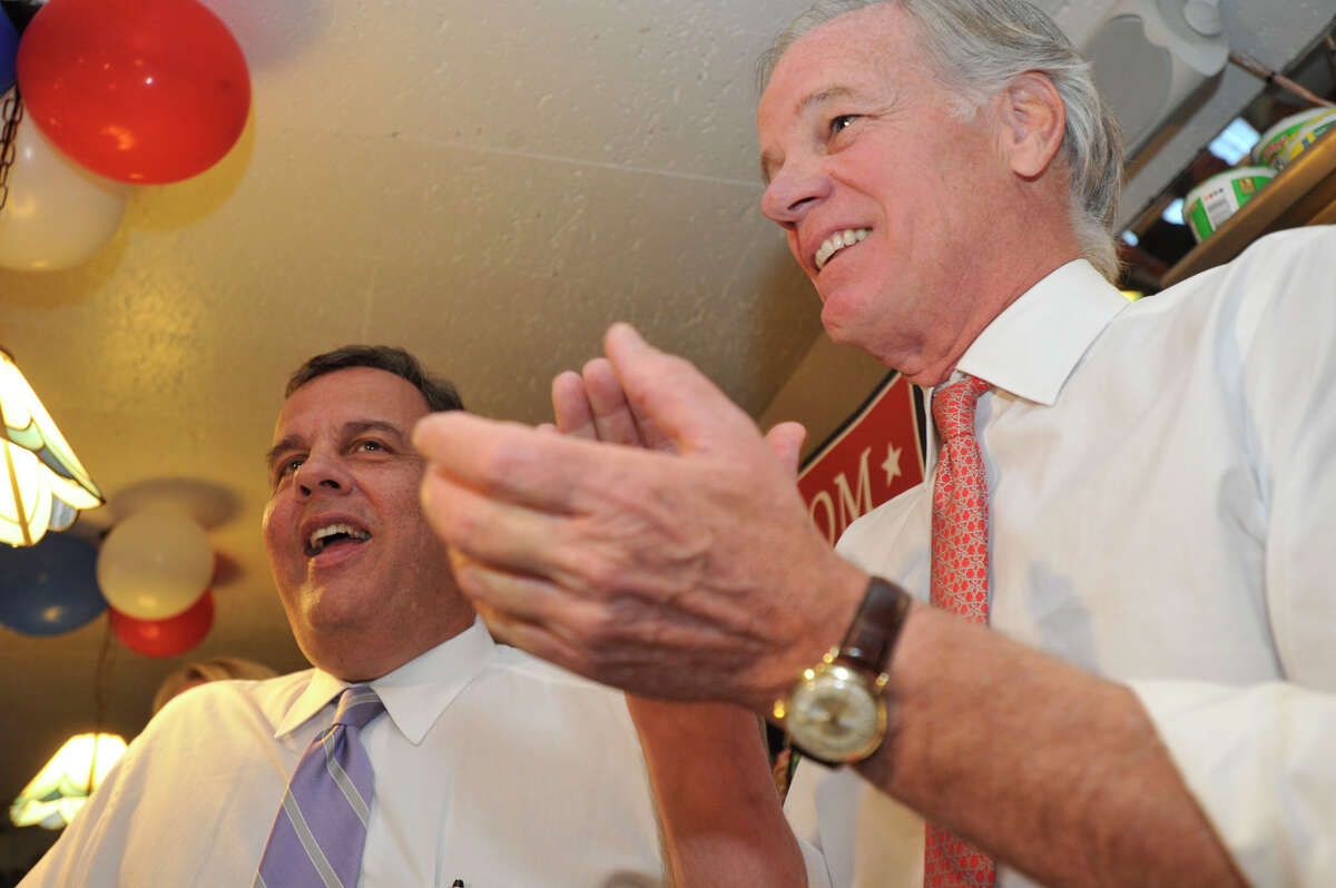 New Jersey Gov. Chris Christie, left, stumps for Connecticut gubernatorial candidate Tom Foley, right, at Curley's Diner in Stamford, Conn., on Tuesday, Sept. 23, 2014.