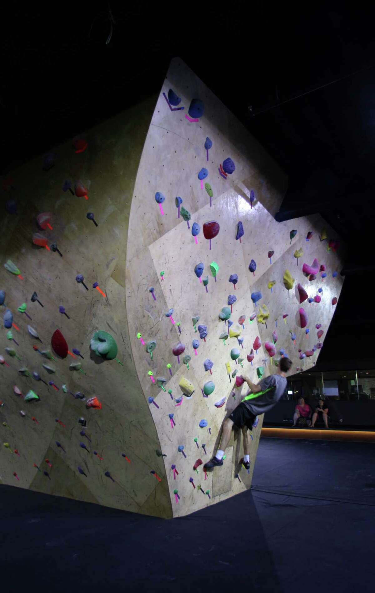 Downtown Reno's Whitney Peak Hotel downtown includes a climbing-wall gym and access to Base Camp, which operate the climbing walls that go up the sides of the building.
